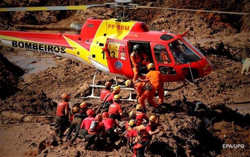 Число погибших при прорыве дамбы в Бразилии возросло до 65
