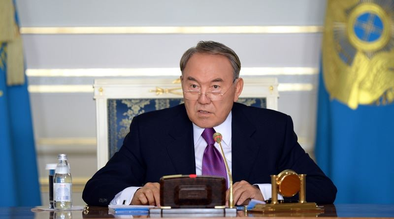 Глава государства встретился с акимами Карагандинской области и ВКО
