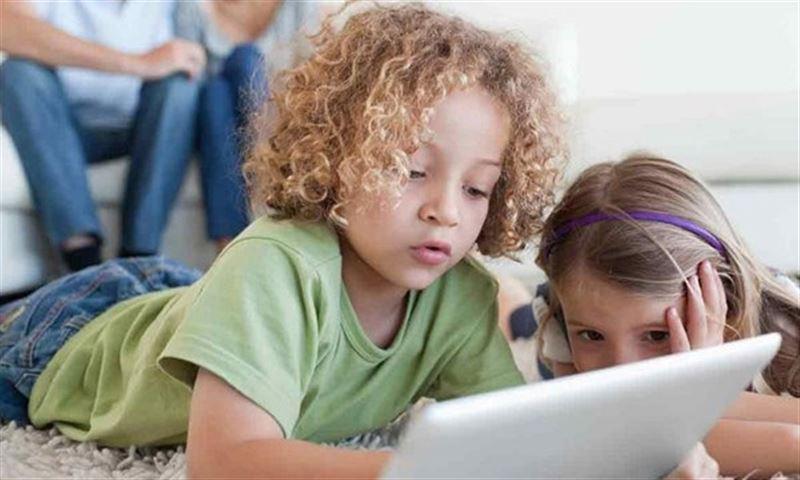 Исследование: гаджеты замедляют развитие дошкольников