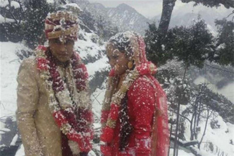 Жених прошел шесть километров по сугробам, чтобы успеть на собственную свадьбу