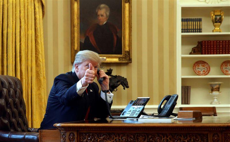 Трамп по телефону поздравил Гуаидо с началом президентства