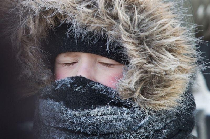 В Астане из-за мороза отменили занятия для второй смены