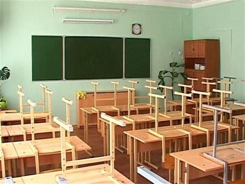 В Павлодаре, Костанае и ВКО отменили занятия для учеников первой смены