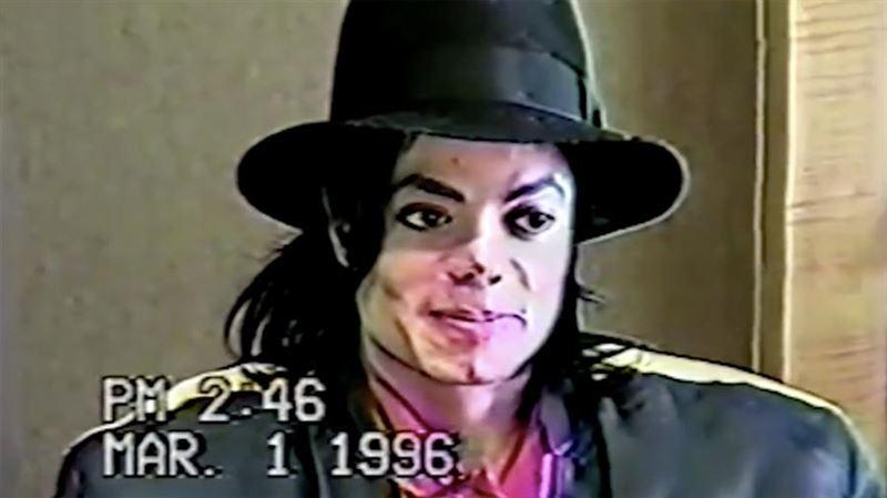 Опубликовано видео с допросом Майкла Джексона по делу о совращении детей