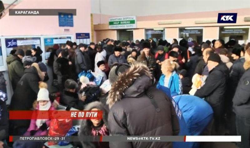 Пассажиры состава Астана – Кызылорда застряли под Карагандой