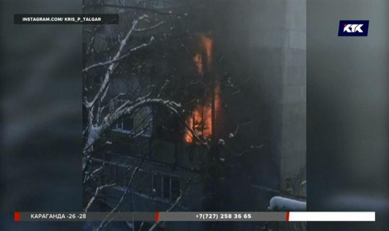 В Алматинской области едва не сгорел многоквартирный дом