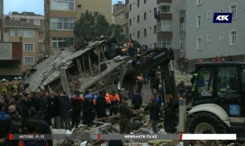 В Стамбуле число жертв обрушения дома растет