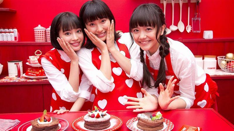Японки стали отказываться от традиции дарить коллегам «обязательный шоколад» на День святого Валентина