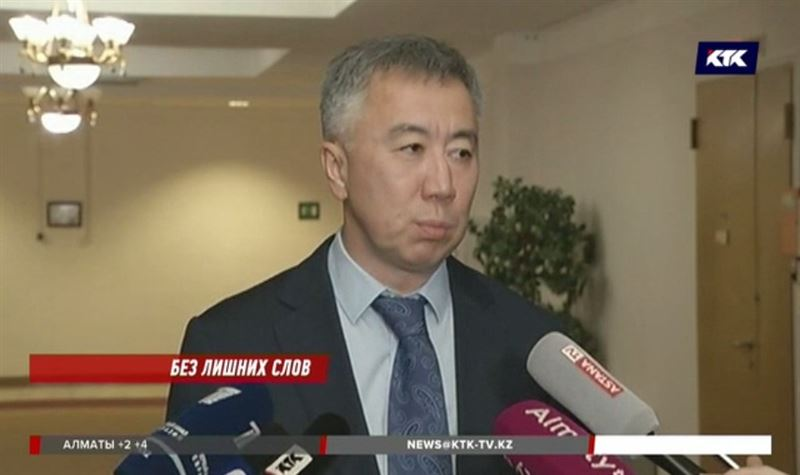 «Не бесите меня»: вице-министр извинился перед журналистами
