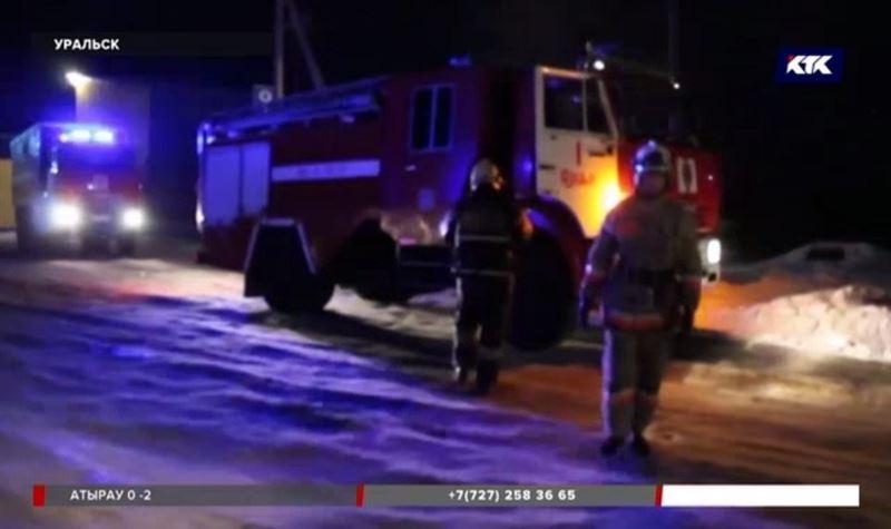 Три работницы хлебокомбината оказались в больнице после пожара
