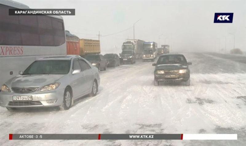 В Карагандинской области закрыты практически все дороги