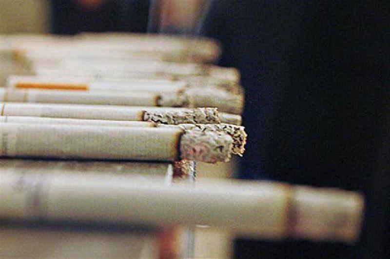 Ученые: у постоянных курильщиков мир быстро теряет цвет