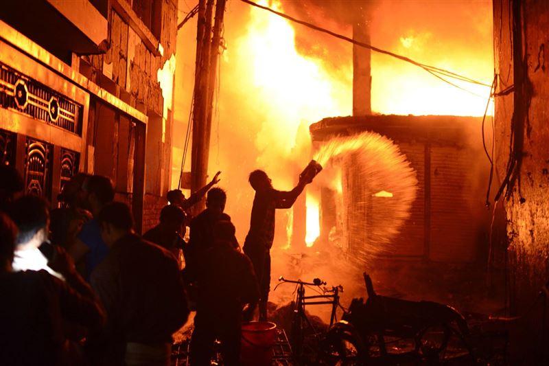 Тұрғын үй өртеніп, 70-ке жуық адам қаза тапты