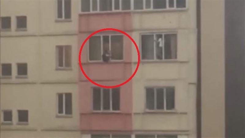 В Бишкеке 17-летняя девушка пыталась покончить жизнь самоубийством