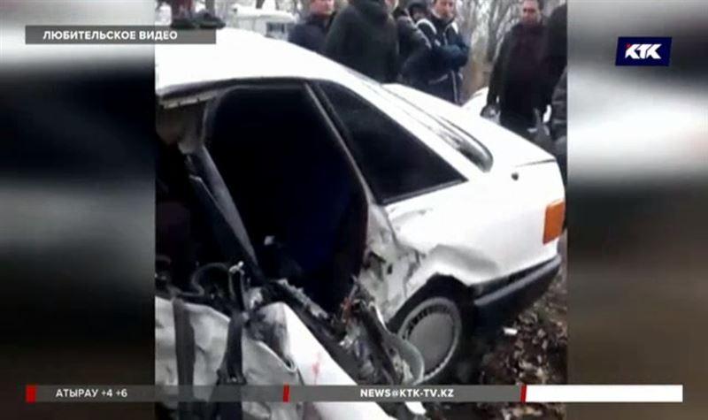 Четыре человека погибли в ДТП под Таразом