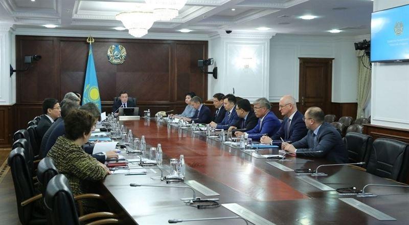 Новые члены правительства Казахстана приняли присягу