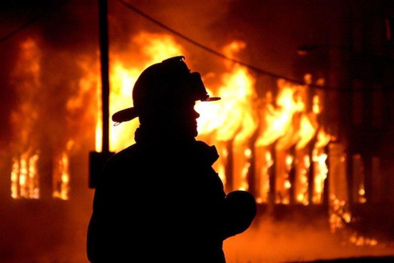Пожар вспыхнул в больнице в Караганде