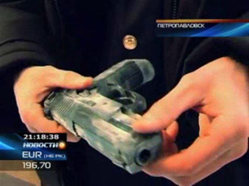 В Петропавловске преступники совершили разбойные нападения с игрушечным пистолетом