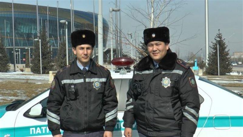 Алматыда полиция қызметкерлері толғағы қысқан әйелге көмектесті