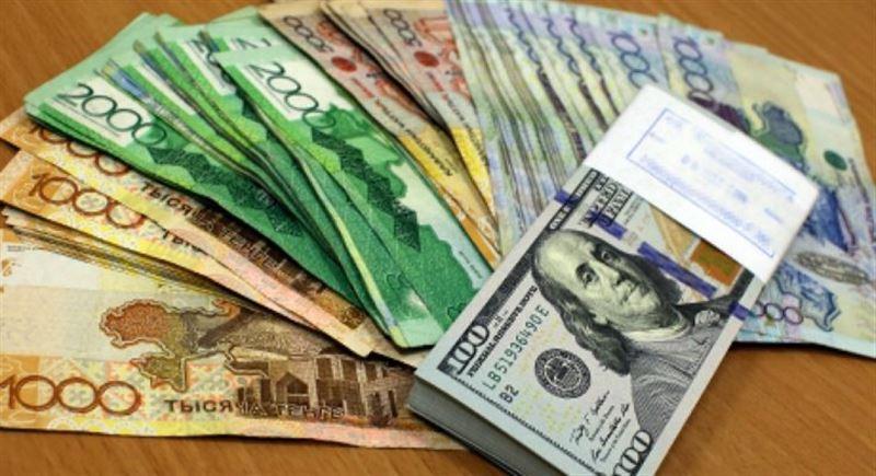 Средневзвешенный курс доллара составил 376,96 тенге