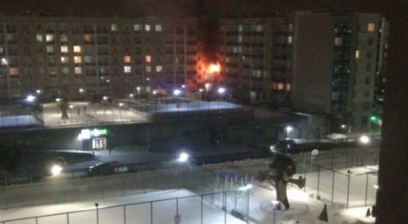 25 человек эвакуировали из-за пожара в жилом доме в Астане
