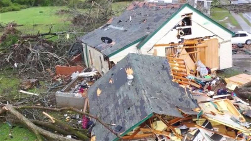 В США из-за двух торнадо погибли 14 человек