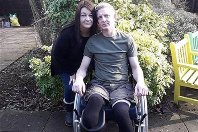 Почтальон из-за болезни остался без ног