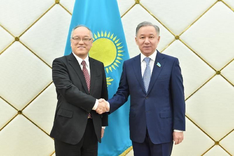 Нурлан Нигматулин принял посла Японии в Казахстане