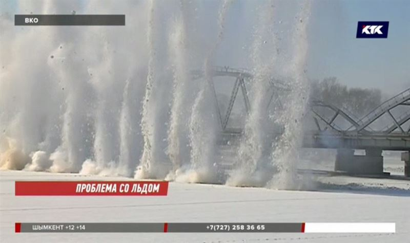 В Восточном Казахстане взорвали лёд на 6 миллионов