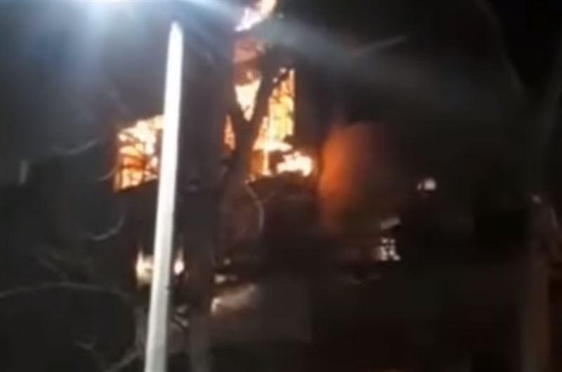 Мужчина стал жертвой пожара, вспыхнувшего в Лисаковске