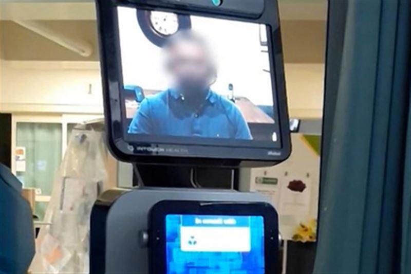 Доктор отправил робота, чтобы он сообщил пациенту о скорой смерти