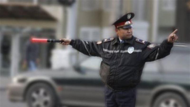 Вернуть жезлы полицейским попросили сенаторы главу правительства