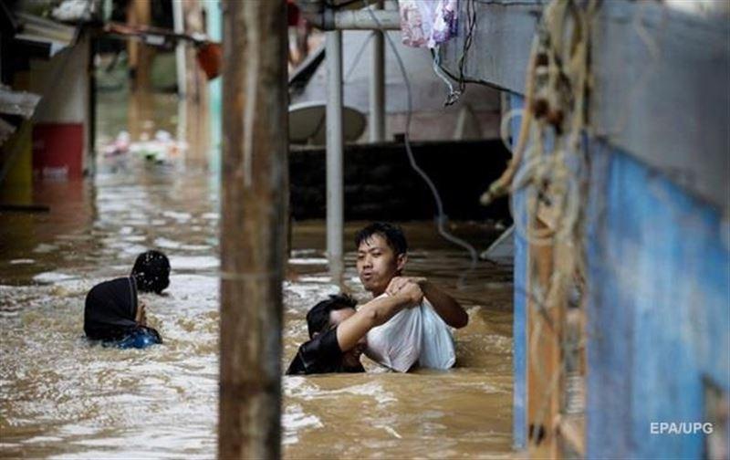 Су тасқынынан 63 адам қаза тапты
