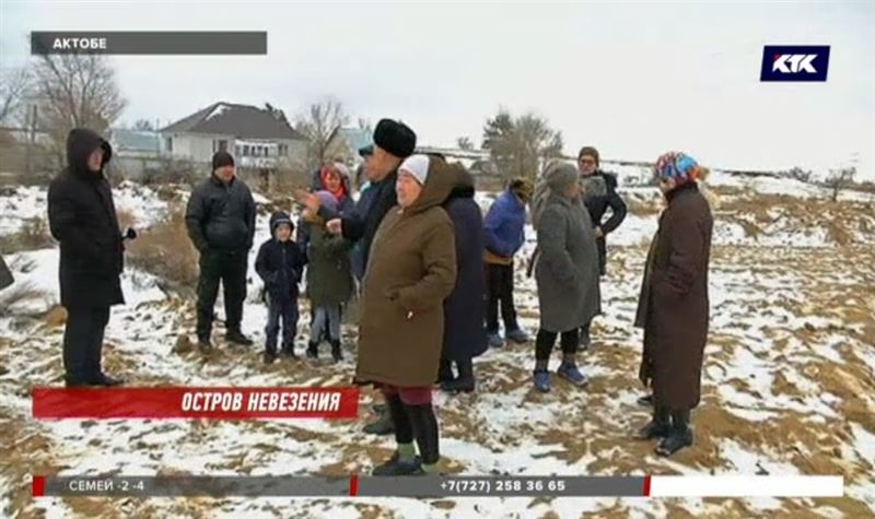Актюбинских дачников спасали от паводков, а оставили без дорог и проездов