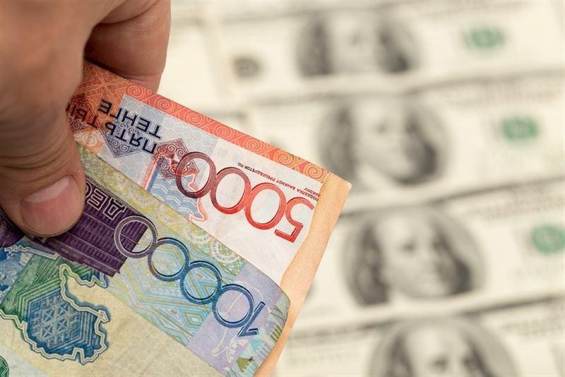 Доллар стоит 376,49 тенге по итогам дневных торгов