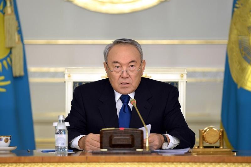 Нурсултан Назарбаев принял решение сложить свои полномочия