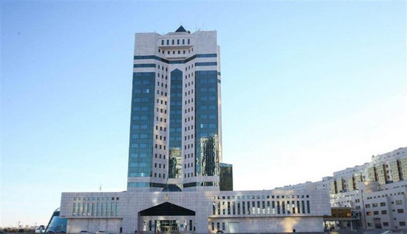 Правительство и Нацбанк сделали совместное заявление после отставки Назарбаева
