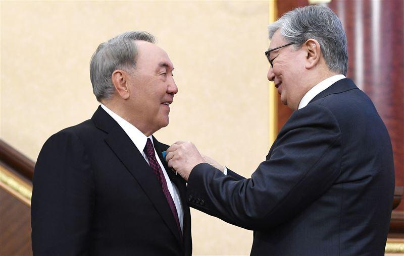 Президент Казахстана присвоил Нурсултану Назарбаеву звание Халық Қаһарманы