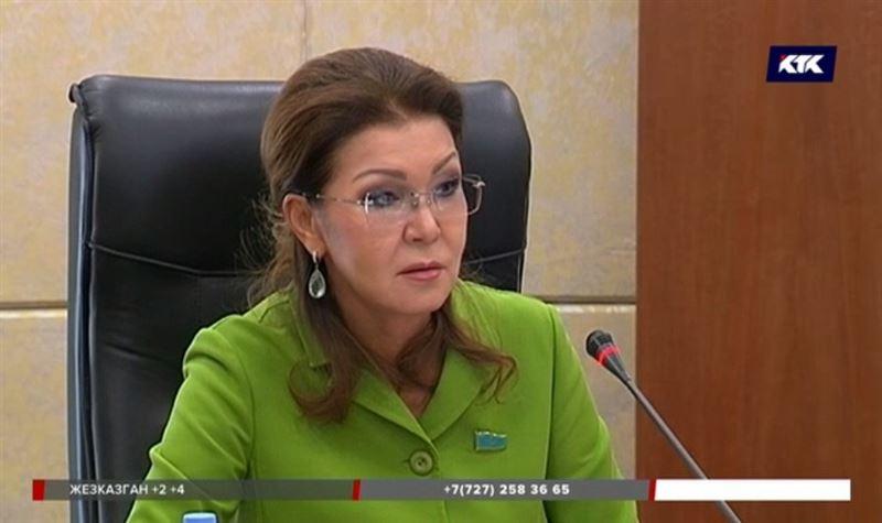 Политика, благотворительность, искусство – чем живет новый спикер Сената Дарига Назарбаева