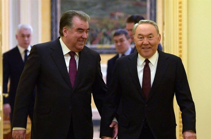 Глава Таджикистана пожелал Назарбаеву успехов в дальнейшей деятельности