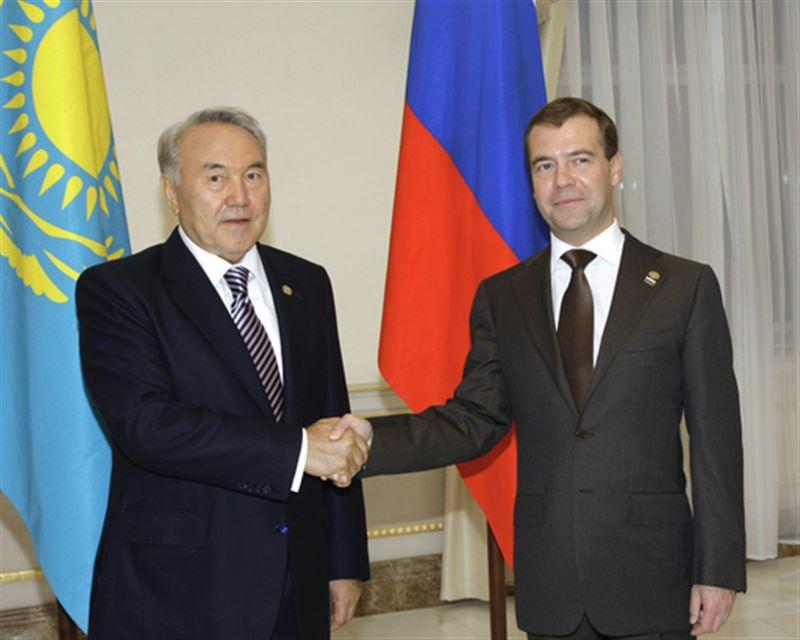 Назарбаев пен Медведев тұрақты байланыстарды жалғастыратын болды