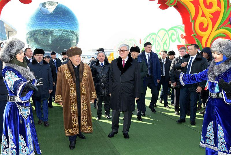 Елбасы и президент Казахстана поздравили жителей с Наурызом