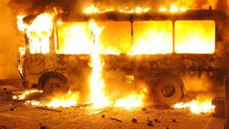 Астанада жолаушылар автобусы өртенді