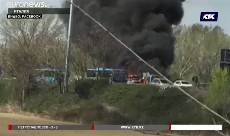 Мужчина поджёг автобус со школьниками