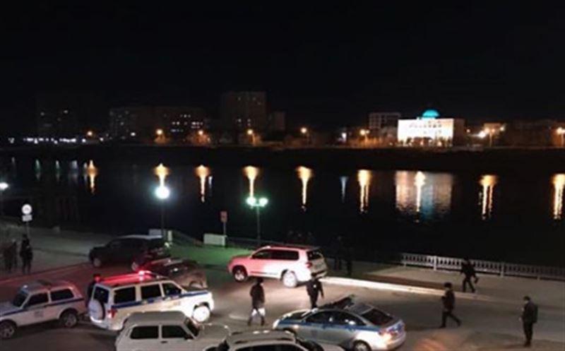 В Атырау полицейский спас девушку от суицида, но погиб сам