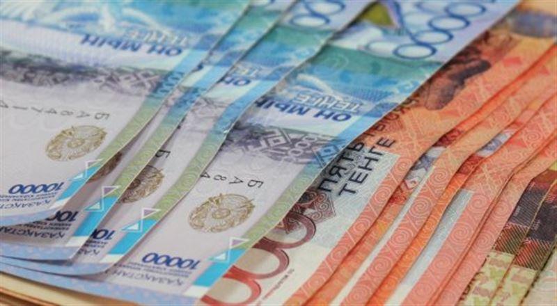 Токаев поручил ускорить повышение зарплат бюджетным организациям