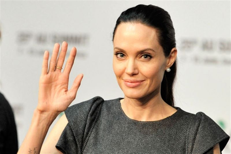 СМИ: Анджелина Джоли покидает кинематограф