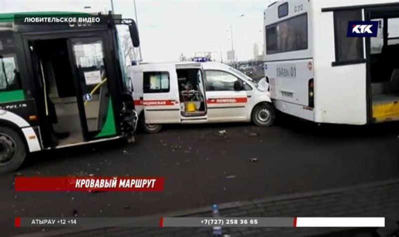 «Скорая» в одну сторону, автобус – в другую» - подробности аварии в столице