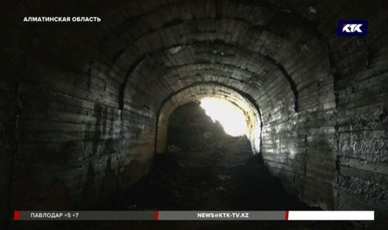 Входы в шахту, где погибли трое мужчин, собираются забетонировать