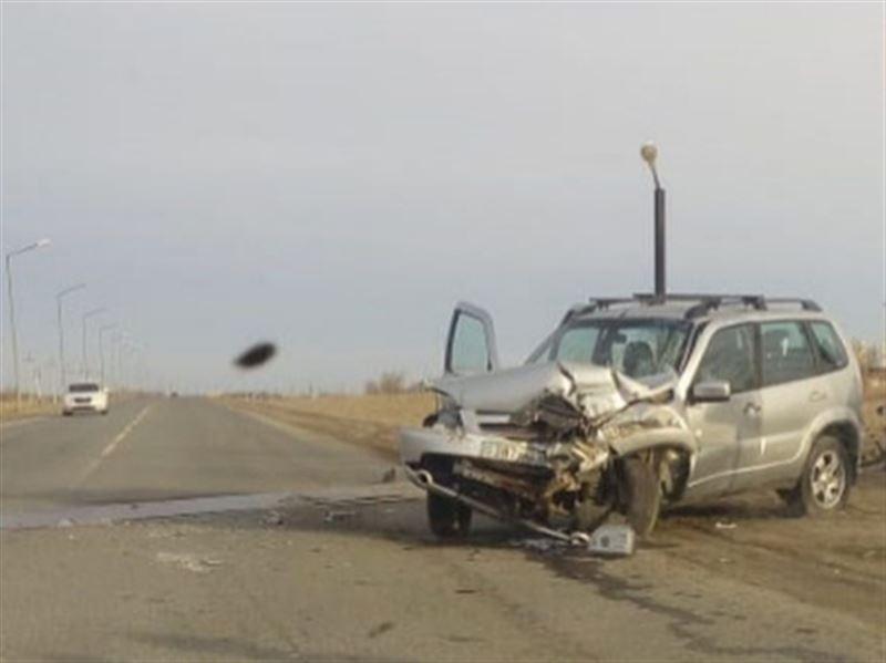 Нива столкнулась с локомотивом, водитель погиб на месте